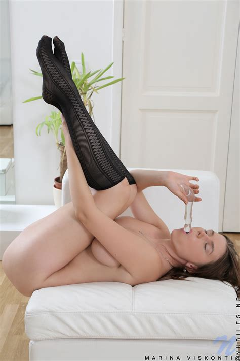 Featuring Nubiles Marina Viskonti In Horny Babe