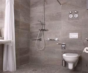 Bank Für Dusche : barrierefreies badezimmer interio badezimmer fachzentrum ~ Michelbontemps.com Haus und Dekorationen