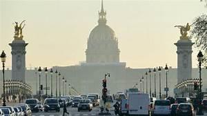 Paris Stationnement Gratuit : pic de pollution paris le stationnement r sidentiel gratuit lci ~ Medecine-chirurgie-esthetiques.com Avis de Voitures