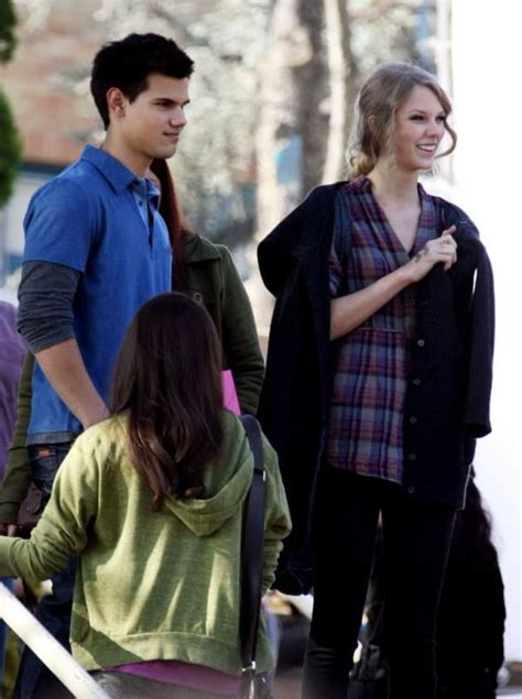 Spotted On (and Off!!!) Set: Taylor Lautner and Taylor ...