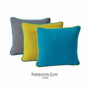 Coussin Gris Et Jaune : coussin de luxe en laine uni gris jaune ou bleu 45 x 45 cm ~ Dailycaller-alerts.com Idées de Décoration