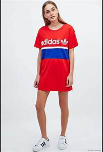 Robe tshirt adidas sur urban outfitters 45eur terrafemina for Robe t shirt adidas