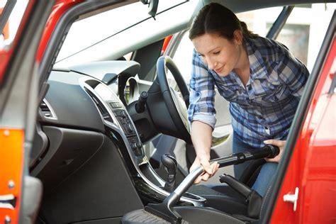 nettoyer siege de voiture comment nettoyer des taches de gras sur un siège de voiture