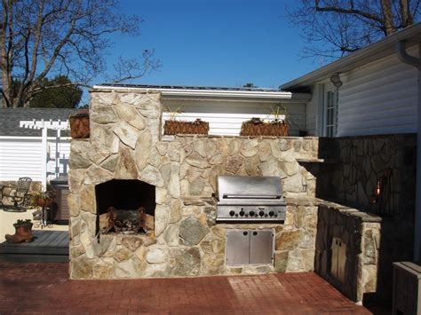 Inspiring Patios With Fireplaces 11 Outdoor Kitchens
