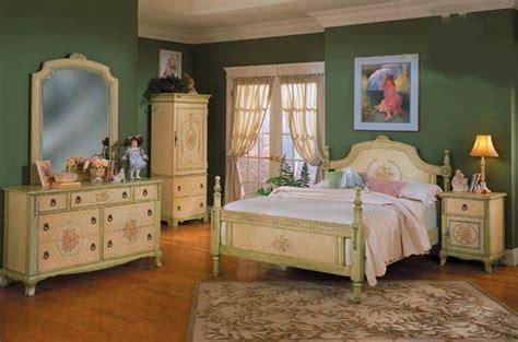 Bedroom Decorating Ideas  Bedroom Interior Inspiring