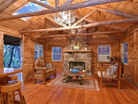 idyllic hill country cabin   dream retreat