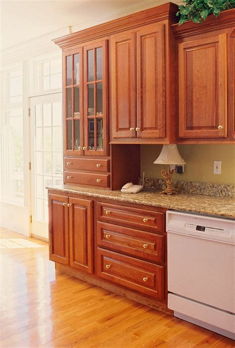 kitchen pantry cabinets 51 best images about new kitchen on burnt 5987