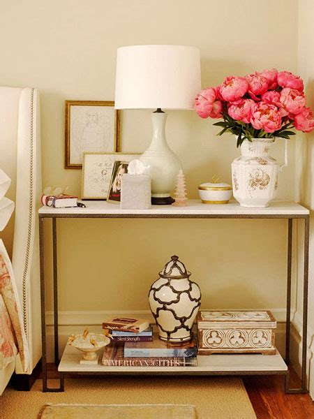 Small Bedroom Tables by Bedroom Nightstand Ideas And Functional Alternatives
