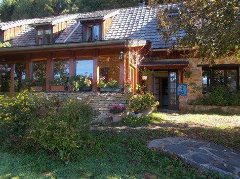 maison 224 vendre en midi pyrenees ariege aleu superbes g 238 tes et cing avec vue sur les