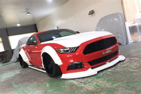 liberty walk working  ford mustang widebody kit motor