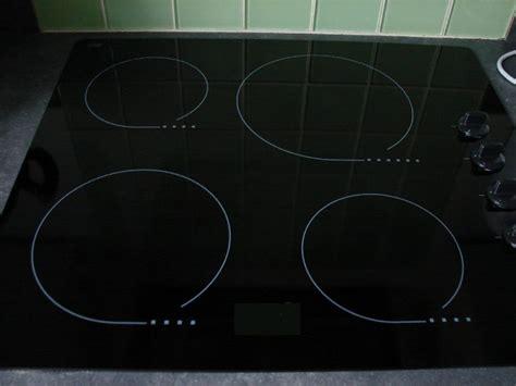 plaque electrique cuisine nettoyer et entretenir une plaque de cuisson