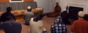 Thursday night Halaqa in full swing – Lighthouse for Humanity