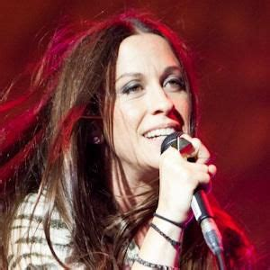 Alanis Morissette Biography, Age, Height, Weight, Family ...
