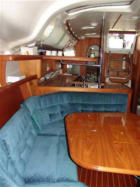 hunter  yacht  sale
