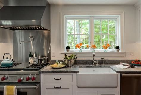 Farmhouse Kitchen Sinks ? For The Practical And Nostalgic Cook