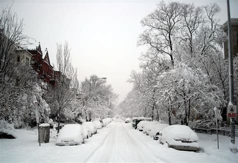 File:Dupont Circle - 19th Street, N.W. - Blizzard of 2010 ...