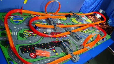 track time   case shout outs hot wheels track