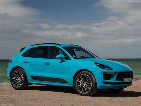 The macan will be one of the first vehicles from the brand to go electric; Porsche Macan Turbo (2019) - picture 14 of 227 - 1280x960