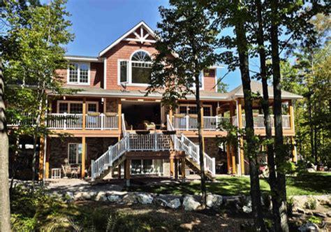 Custom Cedar Homes & House Plans