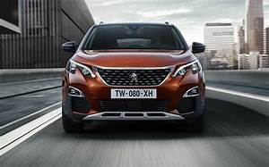 3008 Suv 2016 : school run showdown 2016 peugeot 3008 takes on nissan qashqai ~ Medecine-chirurgie-esthetiques.com Avis de Voitures