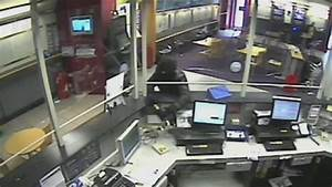 Robbery Fail: Robber jailed after threatening bookies ...