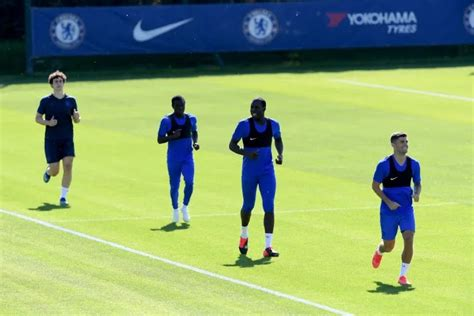N'golo Kante Has A New Hairstyle As Chelsea Trained ...