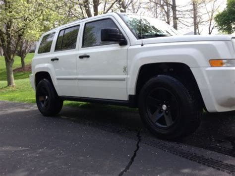 jeep patriot off road tires sell used 2008 jeep patriot limited 4wd lifted with 16