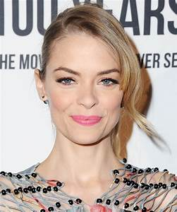 Exclusive: Jaime King Is Launching a Makeup Line