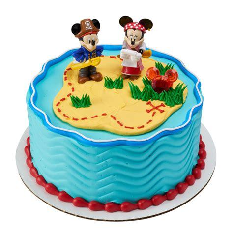 mickey mouse friends mickey minnie pirate adventure
