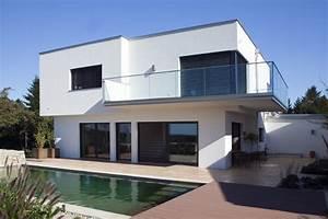 Moderne Häuser Mit Pool : moderne h user 2018 inspirationen mit stil massivwerthaus ~ Markanthonyermac.com Haus und Dekorationen