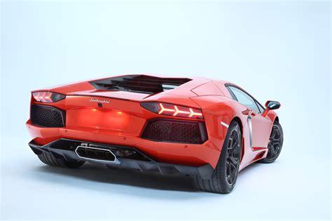 Geneva 2018 Lamborghini Aventador Debuts