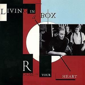 Living In A Box : living in a box room in your heart vinyl clocks ~ Eleganceandgraceweddings.com Haus und Dekorationen
