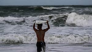 Hurricane Dorian  Daytona Beach Residents Prepare For Storm