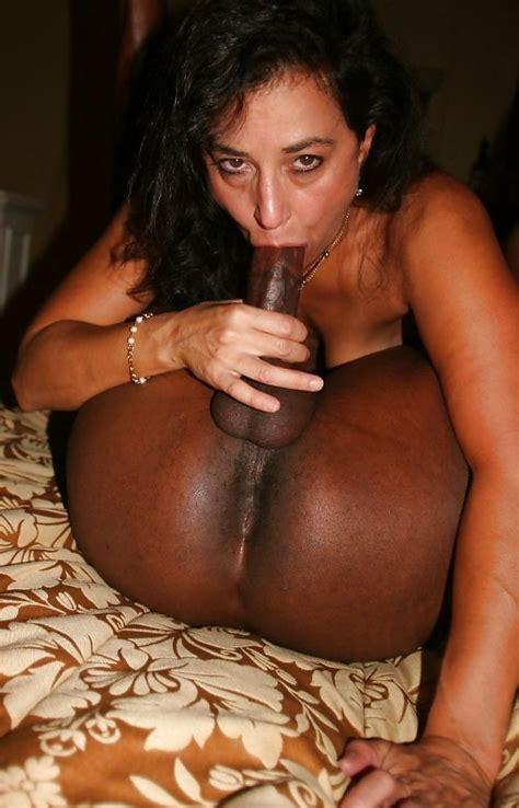 maldives hairy naked woman