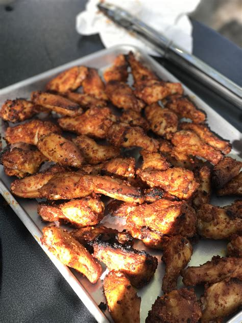 Everything you'd ever want in a chicken wing, plus they're baked, not fried! costco garlic chicken wings cooking instructions