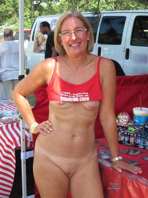 Blonde Mature Flashing In Public August 2015 Voyeur