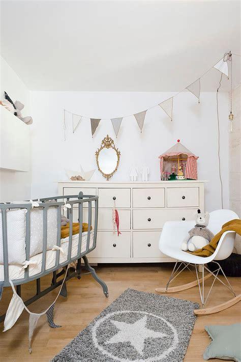 Bezaubernde Kinderzimmer In Einem Skandinavischen Stil