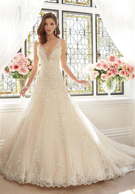 pin   knot  wedding dresses white lace wedding