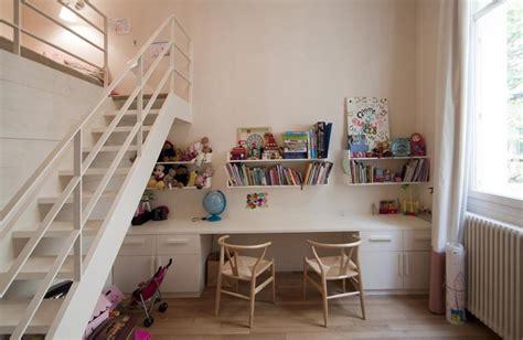 bureau pour deux enfants des exemples de chambres très déco pour faire cohabiter