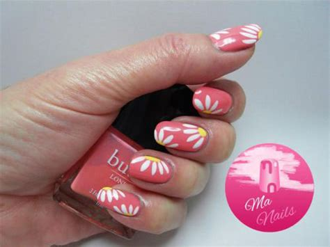 15 Simple & Easy Spring Nail Art Designs, Ideas & Stickers