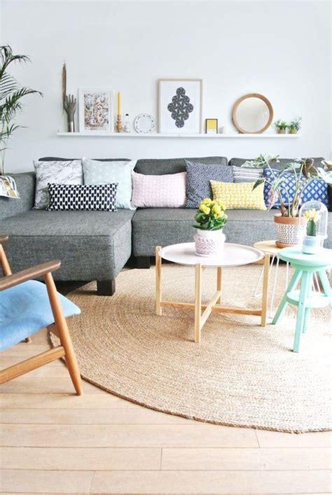 deco salon avec canape gris les 25 meilleures idées concernant décor de canapé gris