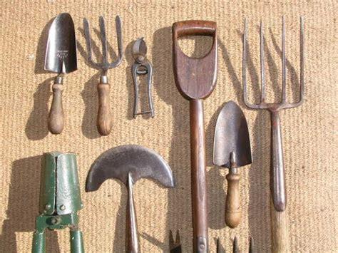 attrezzi da giardiniere attrezzature giardino giardinaggio migliori attrezzi