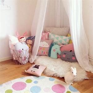 Ideen Kinderzimmer Mädchen : 1000 ideen zu zimmer f r kleine m dchen auf pinterest ~ Lizthompson.info Haus und Dekorationen