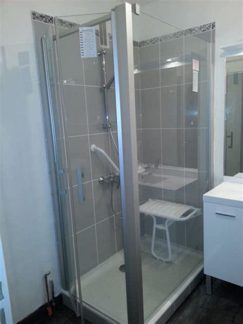 salle de bain personnes agees installation de salle de bain adapt 233 e pour personnes ag 233 es lyon 69 plombier chauffagiste lyon