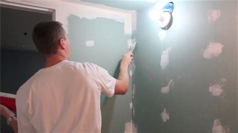 How To Mud And Tape Drywall  Part 1 Of 2 (hd) Mudding