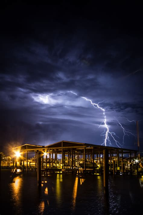 This website is best viewed on a desktop. 10 Beautiful Photos of Louisiana At Night