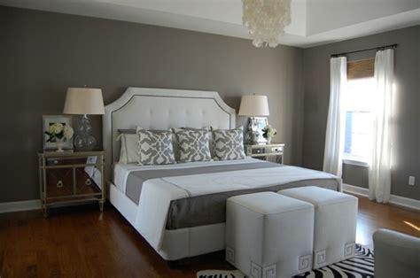 canapé violet convertible les meilleures idées pour la couleur chambre à coucher