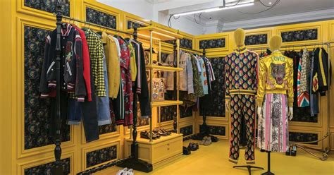 #London's Dover Street Market is the #fashion spot mixing ...
