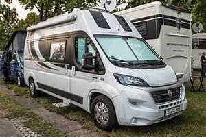 Wohnmobil Selbstausbau Kaufen : wohnwagen wohnmobil kastenwagen oder campingbus der ~ Jslefanu.com Haus und Dekorationen