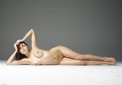 Kloe In First Nudes By Hegreart Photos Erotic Beauties